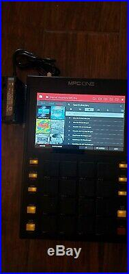 AKAI MPC ONE withPortable Battery & 19 Akai Pro Expansion Packs included