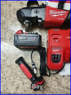 MILWAUKEE 2738-22 M18 FUEL 18V 7 Cordless Brushless Variable Speed Polisher Kit