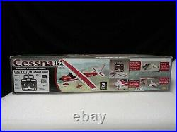 NEW Flyzone RC Cessna 182 (battery & contoller included) ready to fly