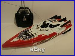 Rechargeable Racing Speed Boat Radio Remote Control Boat (Batteries Included)